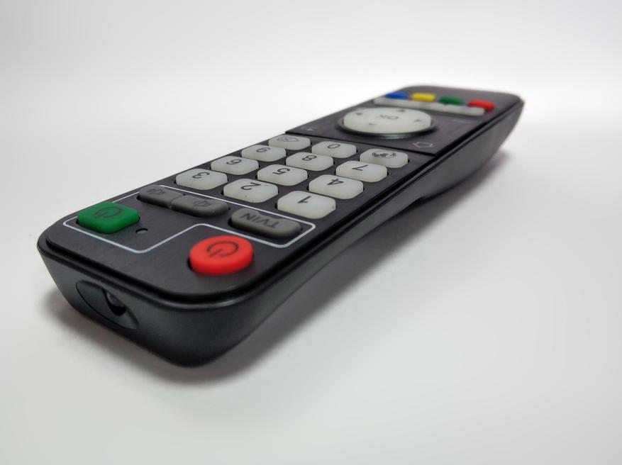 صندوق التلفزيون Magicsee N5 Plus: أملوجيك S905X3 ، خليج SSD / HDD ، MIMO 2 × 2 6