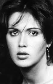 Флора Карабелла была итальянской актрисой в кино, на телевидении и на сцене.